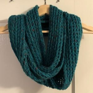 Accessories - Teal chunky-knit infinity scarf